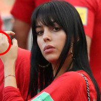 MLST SPORT:Cristiano Ronaldo's girlfriend appears with giant RING at World Cup Clash