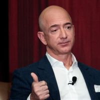 MLST NEWS:Amazon boss Jeff Bezos is richest man in modern history - Bloomberg Billionaires Index