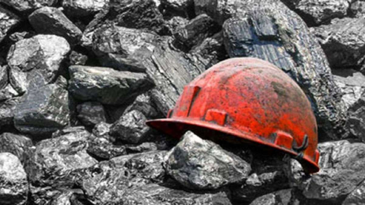 Three missing in abandoned West Virginia coal mine are found alive, officials say