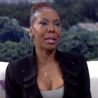 Why R Kelly's Ex-Wife(Andrea KELLY) cried?